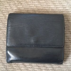 LV snap wallet black epi leather